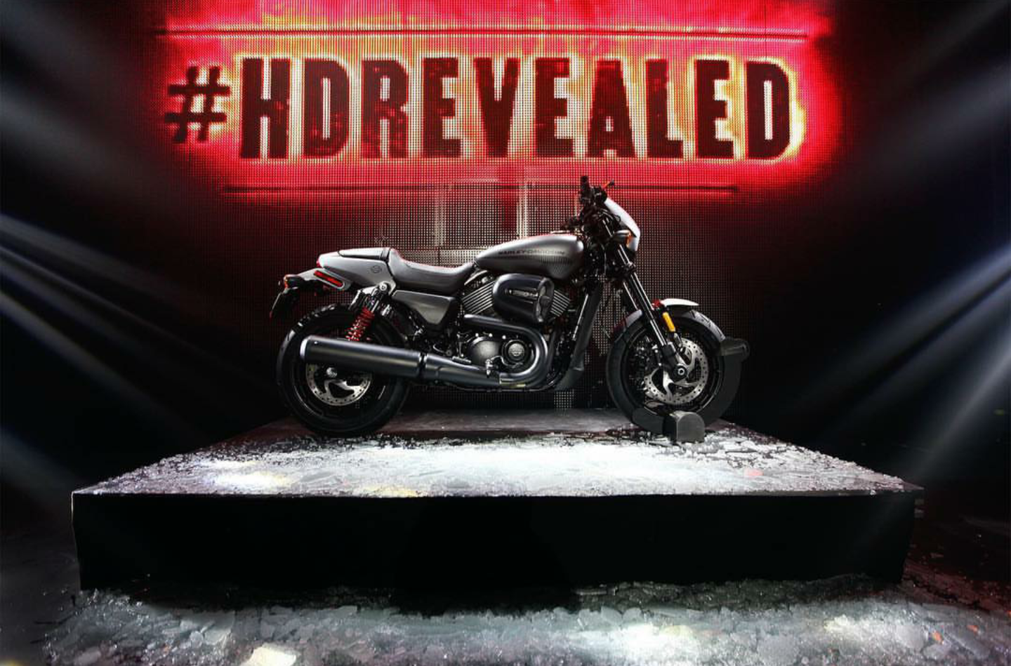 HARLEY DAVIDSON UNVEIL