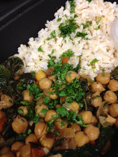 chickpeas with garlicky kale