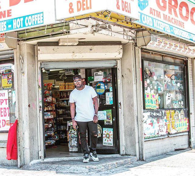 My corner store 🔥  #brooklyn  #90z 📷 @newhydemedia
