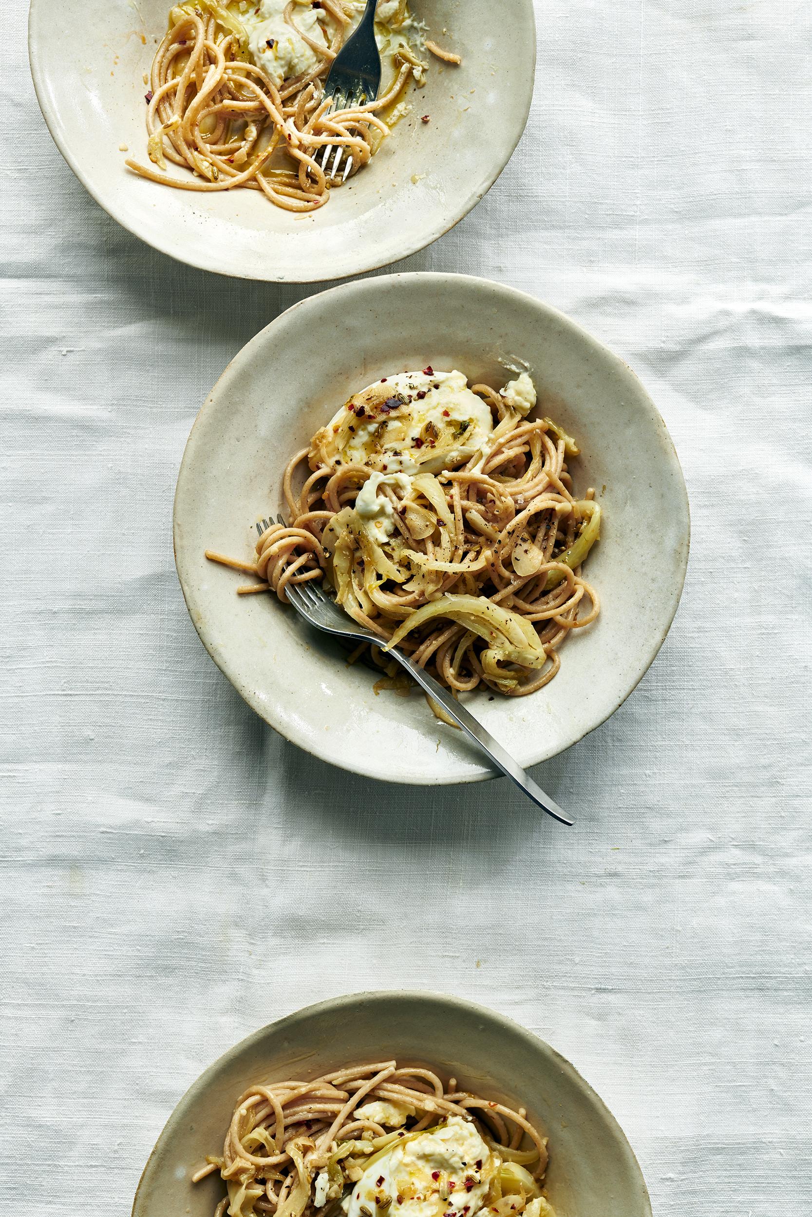 Whole Wheat Spaghetti with Burrata_230 1_2_web.jpg
