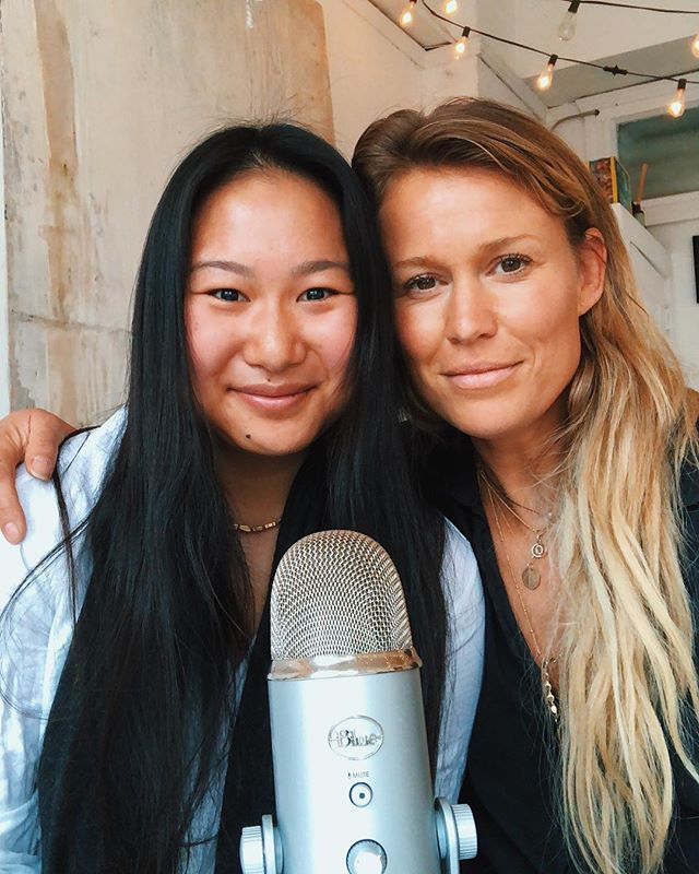 So many things in common with @katehorsmannutrition, we both: grew up dancers, suffered from eating disorders, found our way to recovery, and MOST importantly love Game of Thrones (Team Tyrion anyone?!) Newest podcast ep with Kate is up, we explore her story, trusting our bodies and what's comes AFTER recovery. So often the narrative around eating disorders starts with the disorder and ends with recovery. But from my experience the most difficult part came after recovery when I was learning how to reintegrate food into my life in a way that was easeful and balanced and not one extreme or the other. It's one of my favourite conversations and I hope y'all enjoy, the link's in my bio! ALSO VERY IMPORTANT QUESTION FOR GOT FANS… Who's ur fav character and why? Mine's Tyrion but my spirit character is Jon Snow😝)