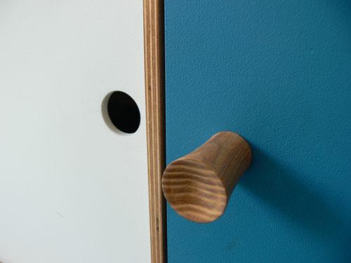sideboard_detail_2.jpg