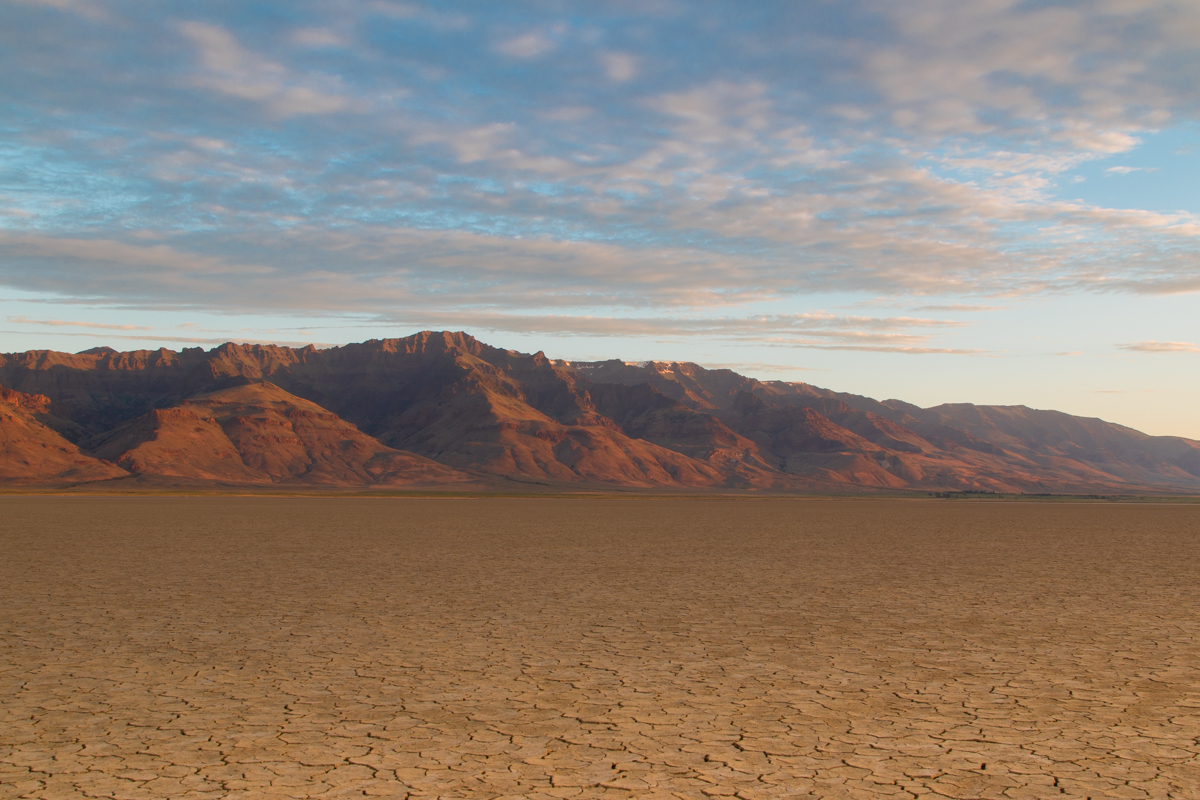 Alvord-desert-feature-png.png