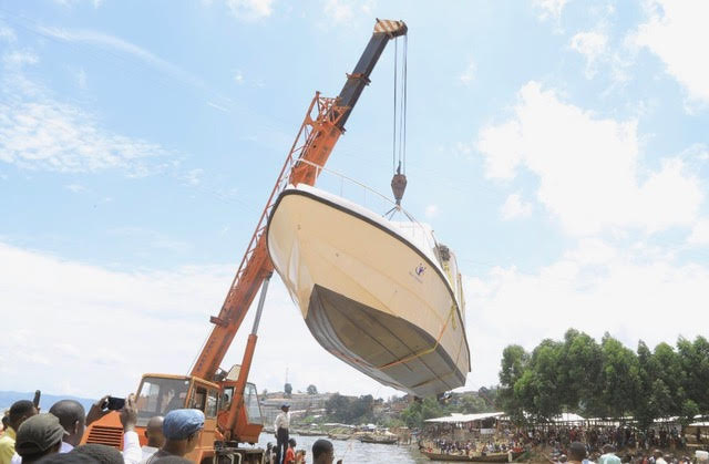 boat & crane 2.jpg