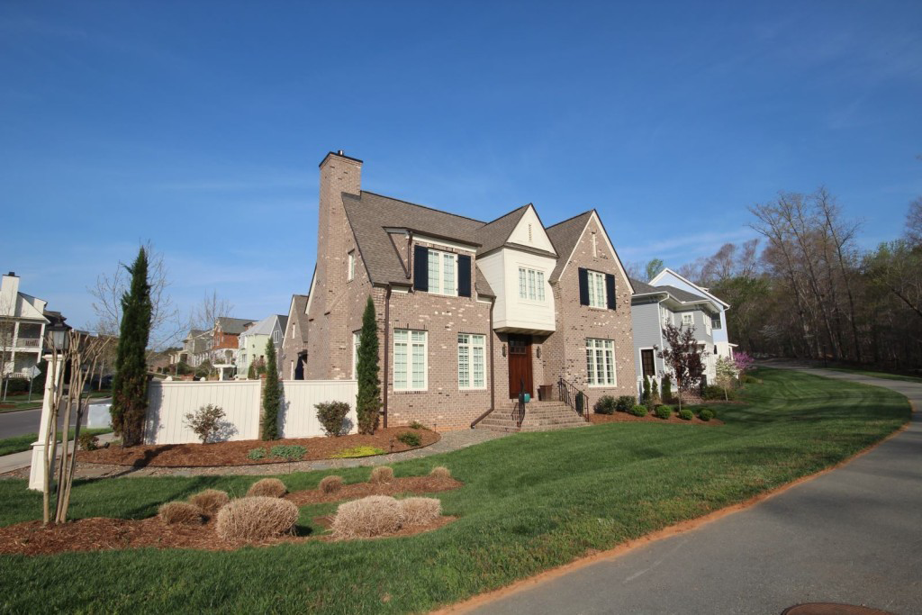 winmore-new-homes-for-sale-1024x683 copy.png