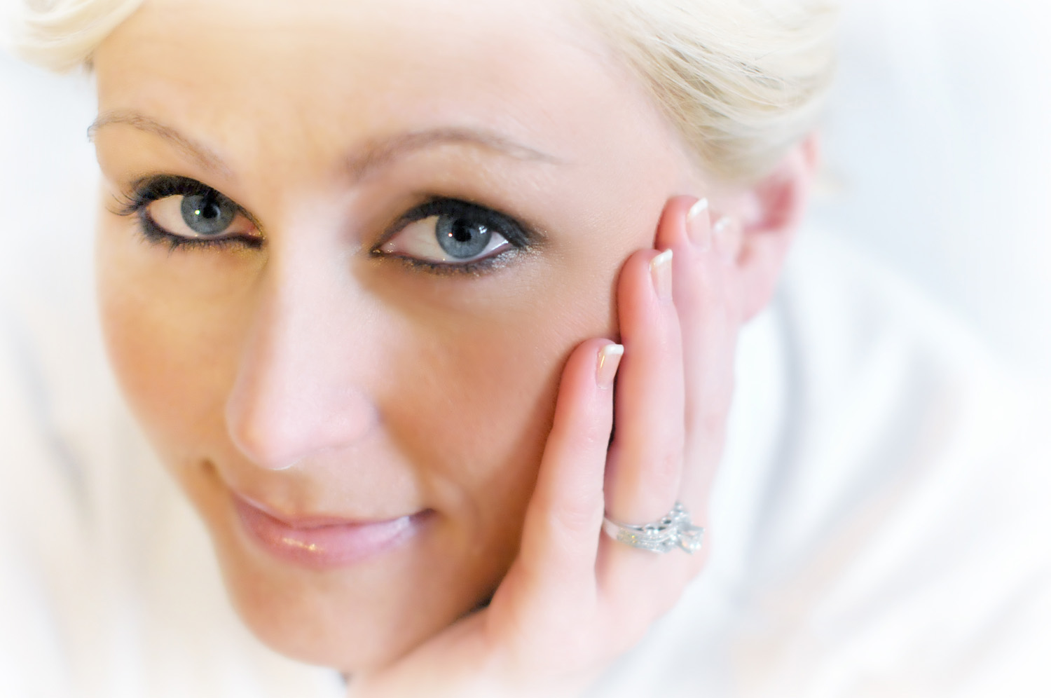 portrait of bride / Meyer Photography