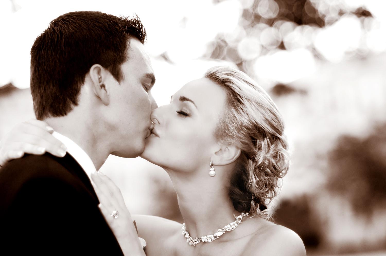 Seaview resort bride and groom portrait / Meyer Photography