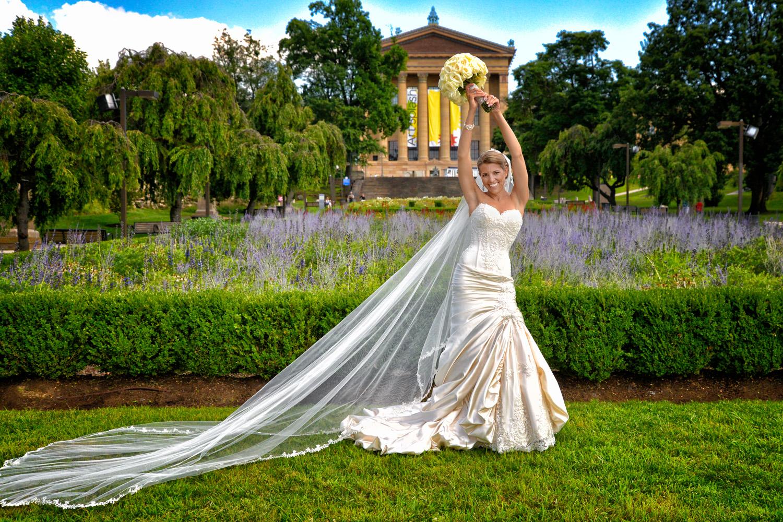 Azalea Garden in Philadelphia behind the Art Museum / Meyer Photography