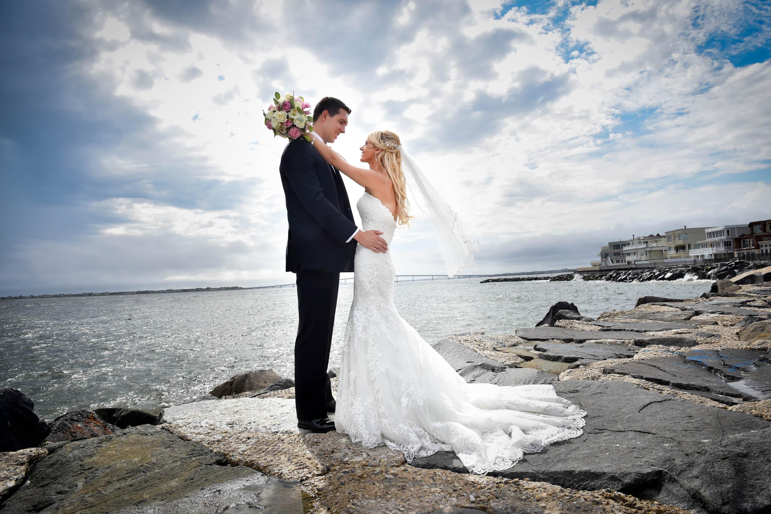 Bride and groom Jersey shore