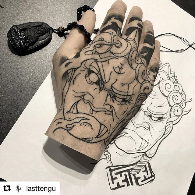We're loving @lasttengu's work in progress on our silicone hand! Head to our website to purchase from only $64.95. 🙏🏾❤️ #siliconehand #tattooedhand #handtattoo #thinggallery #tattoo #tattoosilicone #tattoowork #pigskin #tattooedpigskin #tattooequipment #hand #tattooart