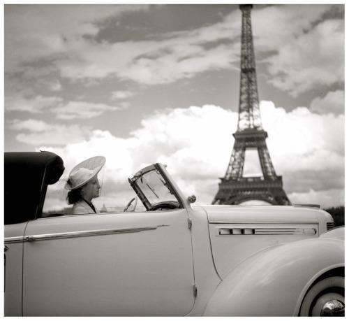 loverofbeauty :      Paris, 1938 , a photo by  Boris Lipnitzki