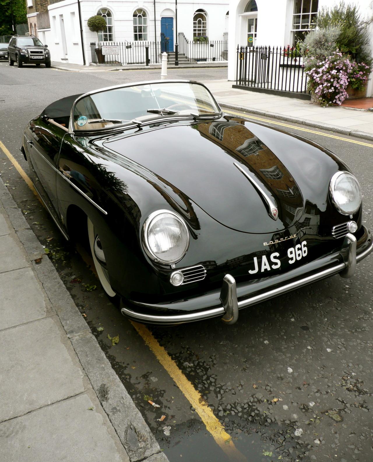 nemoi :      Classic Porsche Speedster  (via  yvescosentino )