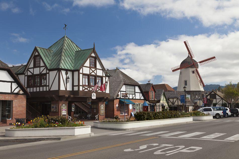 street-scene-of-solvang-california-usa-117278055-582cca863df78c6f6a8a8283.jpg