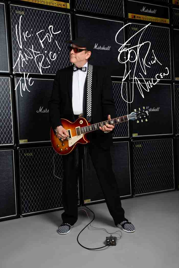 Cheap Trick's Rick Nielson with his Bourbon Fade 59 Les Paul by Vic DaPra