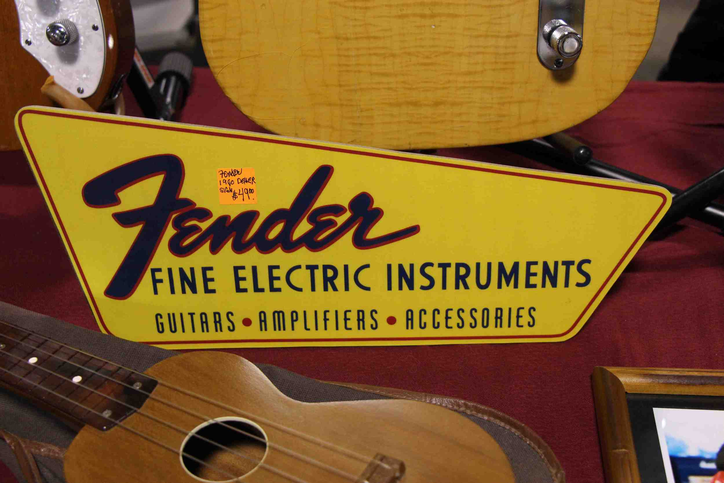 The Fender Musical Instrument Corporation Old Logo