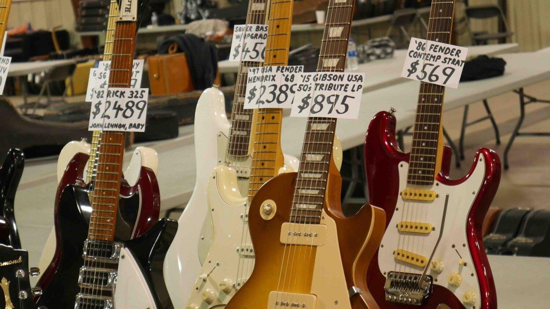 OO Gibson Logo T-Shirt Les Paul SG Es Flying V Bass Electric Guitar Custom USA