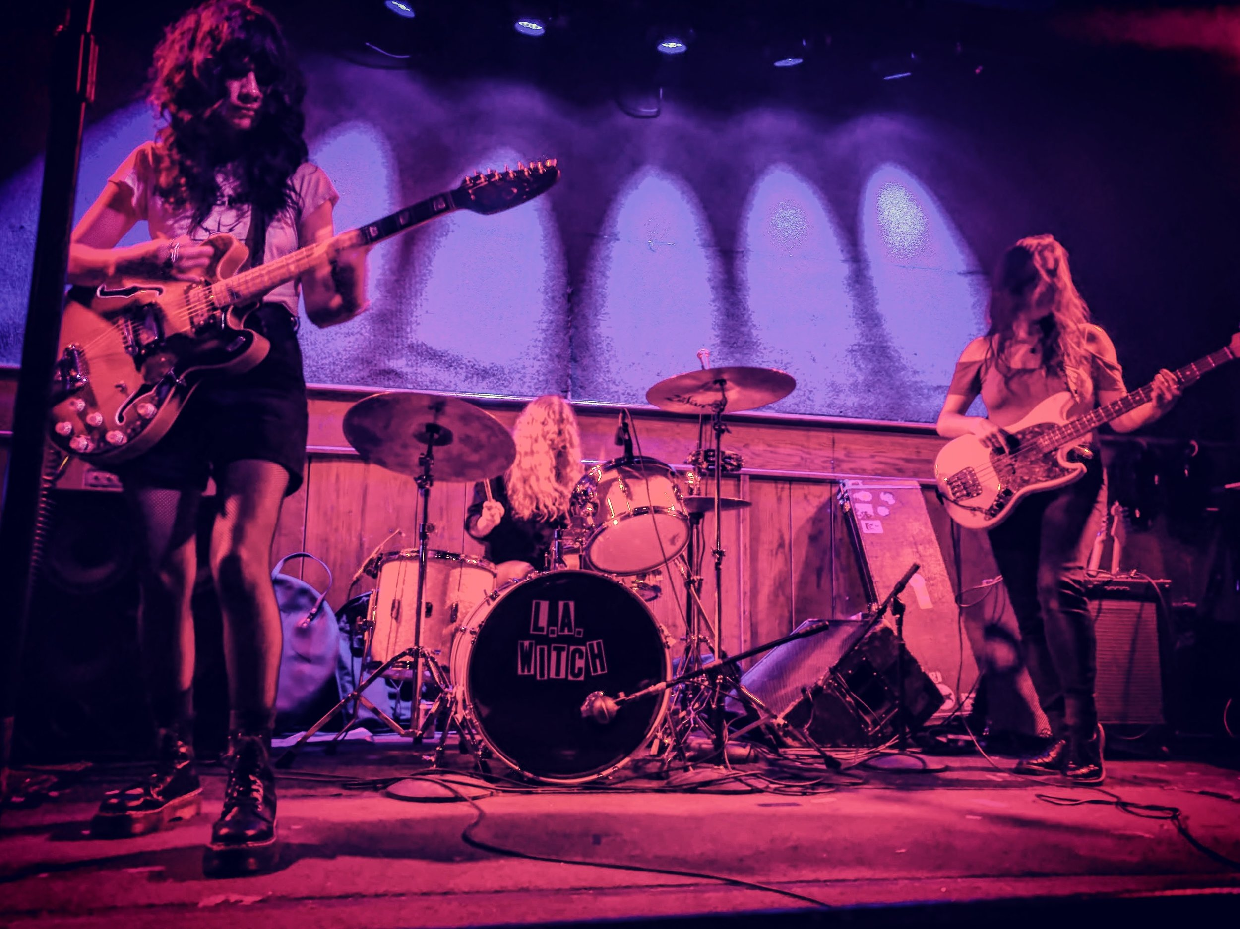 l.a. witch | schubas, chicago | 5.10.17 | @thefaakehipster