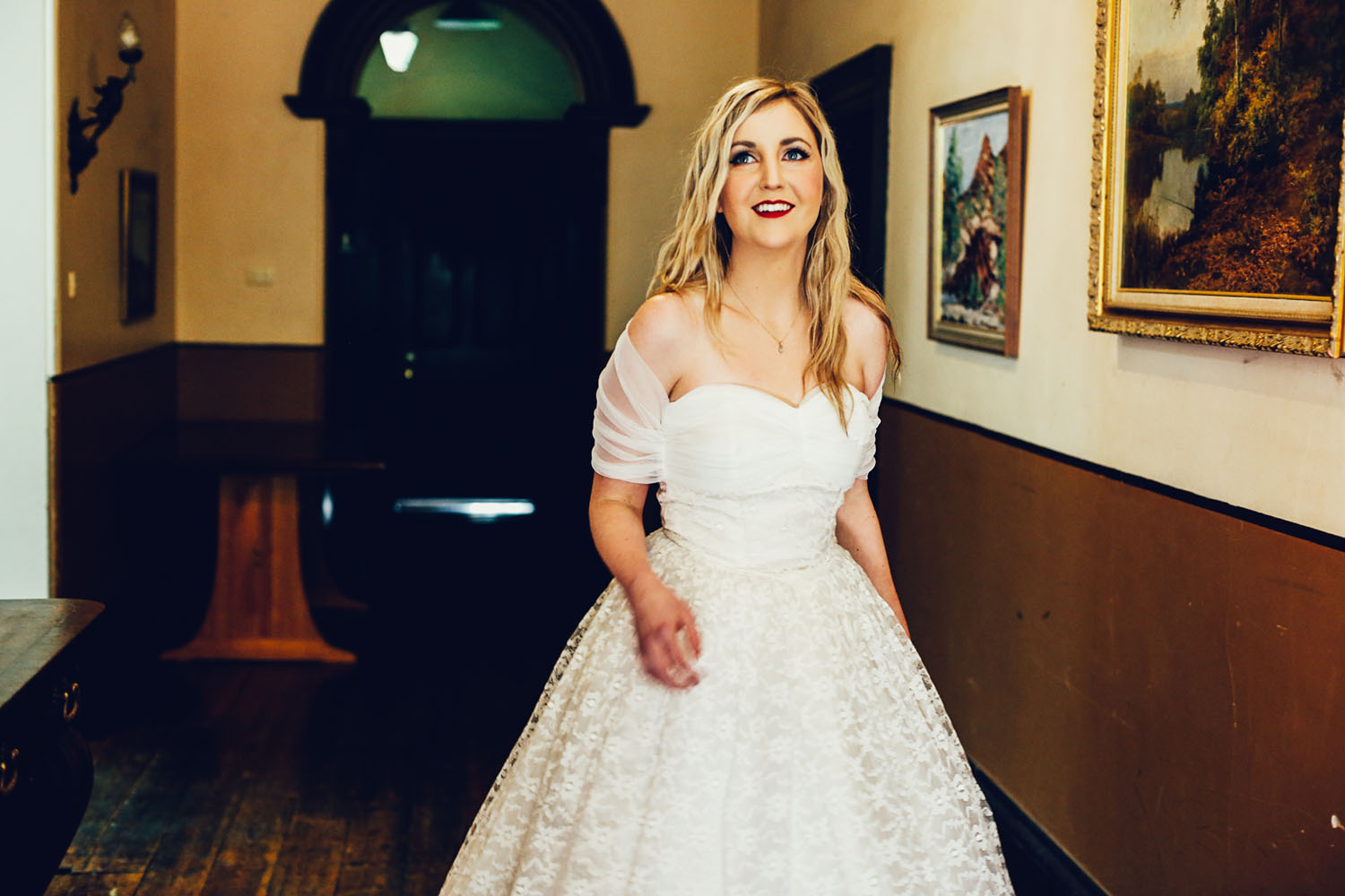 Woodhouse bride in the Adelaide Hills