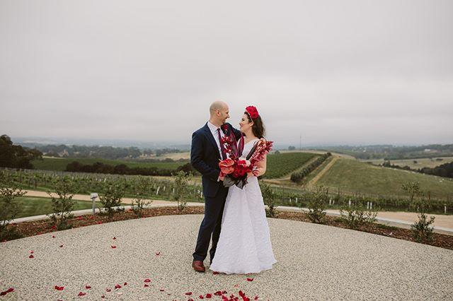 Lynette & Oren ❤️ #weddingadventures #weddingsathome #momentsovermountains #heyheyhellomay #australianwedding #engaged #wedding #love #instawedding #bridetobe #weddinginspo #junebugweddings #togetherjournal #adelaidewedding #adelaideweddingphotography #adelaidewedding #destinationweddingphotographers