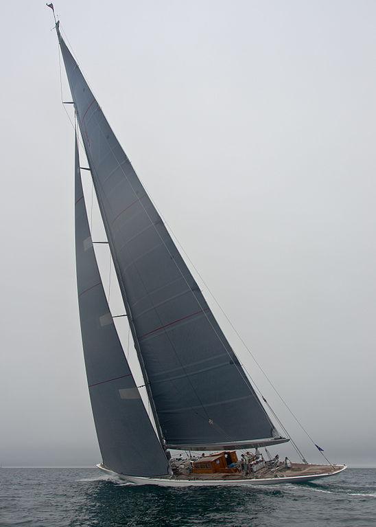 Ranger_-_J_Class_Yacht_-_J5_(8104899152).jpg