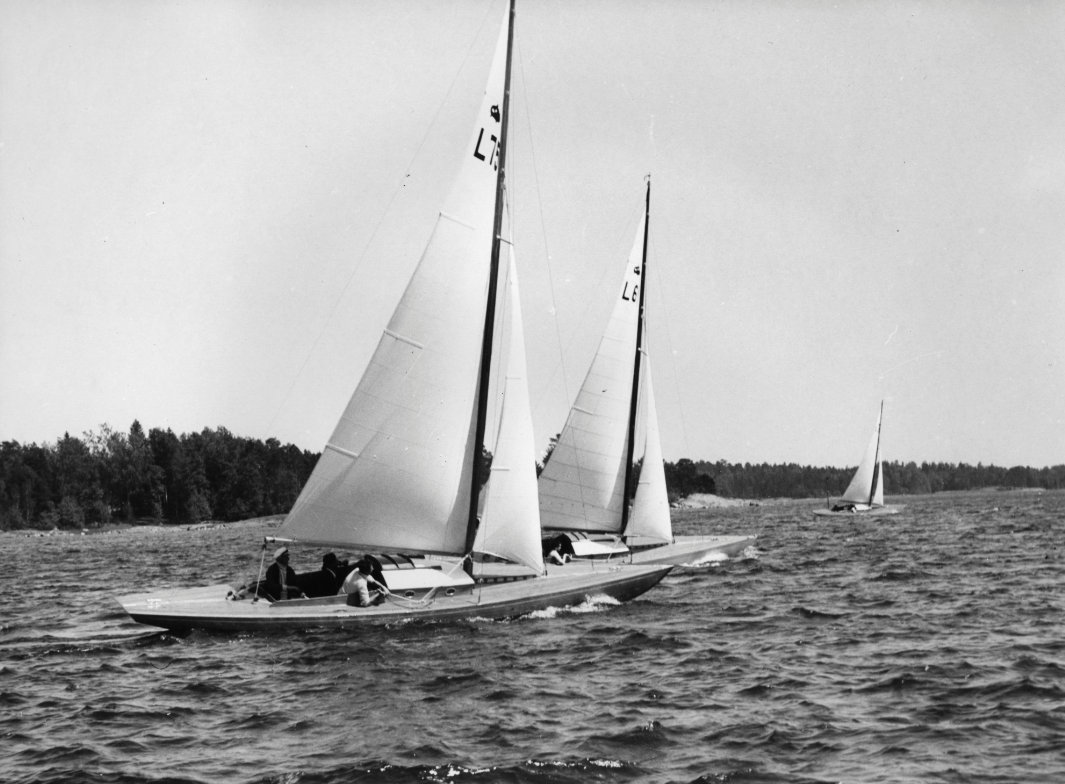 ....Shark-class boat VIIMA, 1939. Photo: Sjöhistoriska museet..Hai-vene VIIMA, 1939. Kuva: Sjöhistoriska museet.....