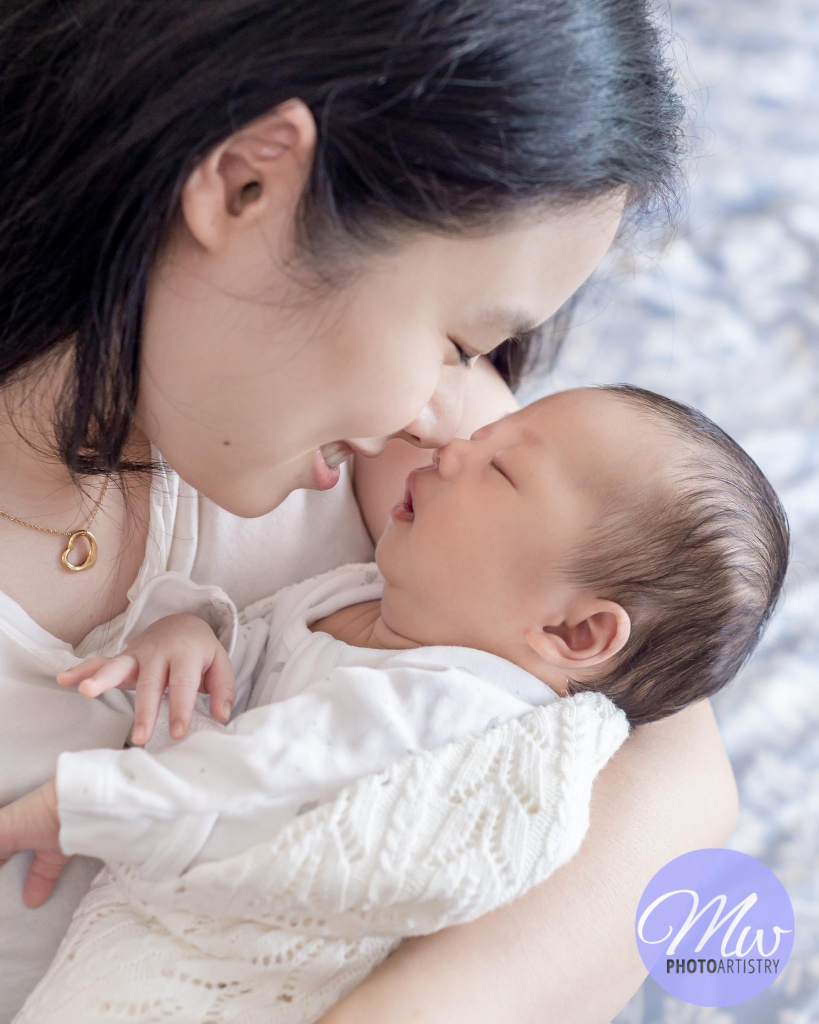 Kuala Lumpur Kuching Malaysia Newborn Photographer Photo 81.jpg