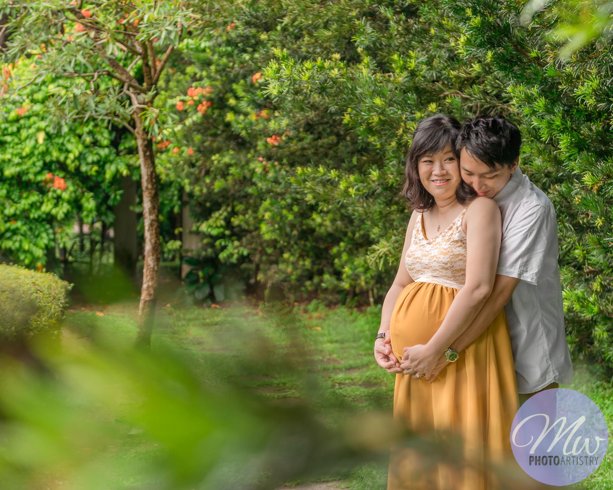 Kuala Lumpur Kuching Malaysia Maternity Photographer Photo 14.jpg