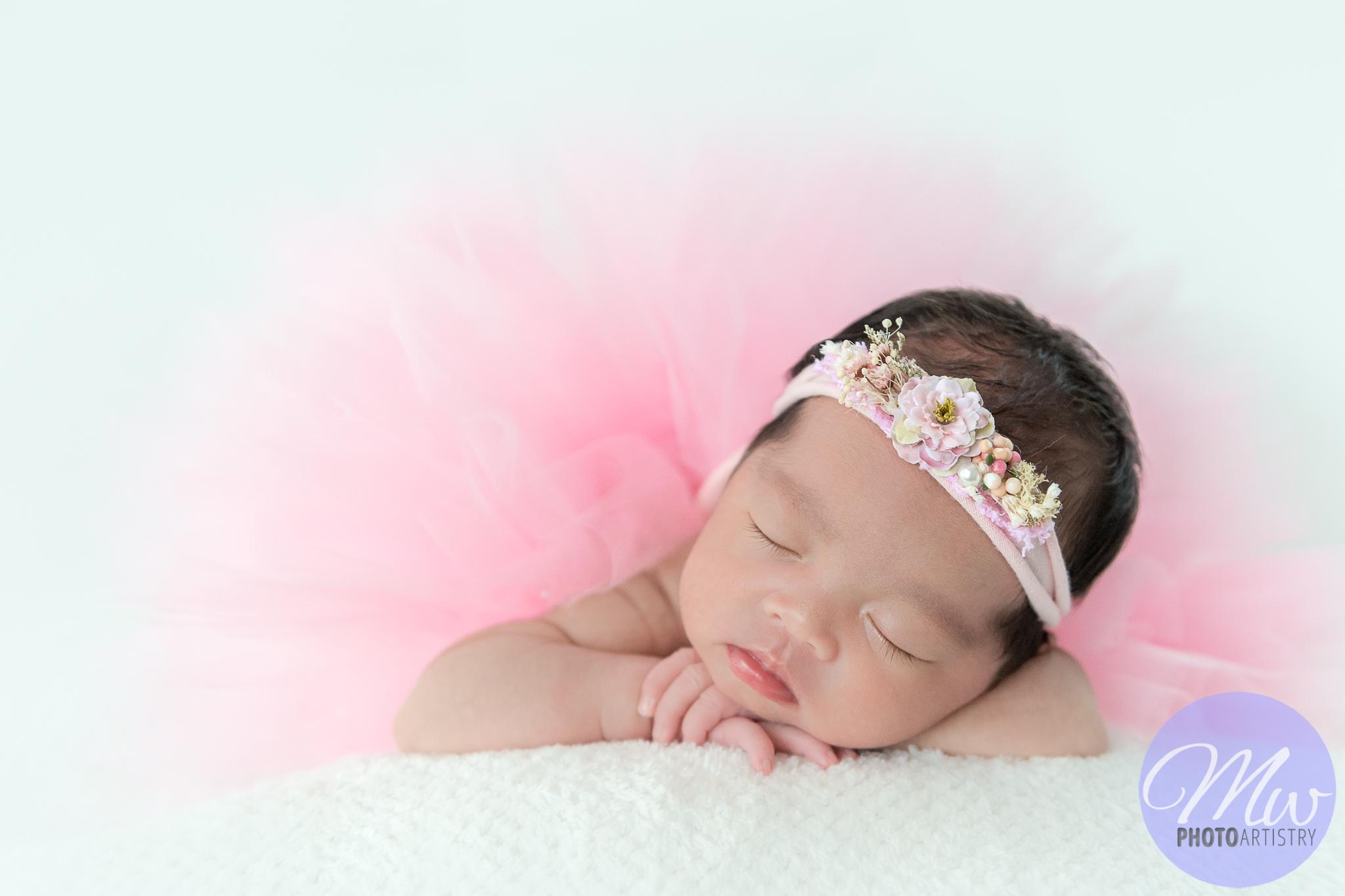 Kuala Lumpur Kuching Malaysia Newborn Photographer Photo 12.jpg