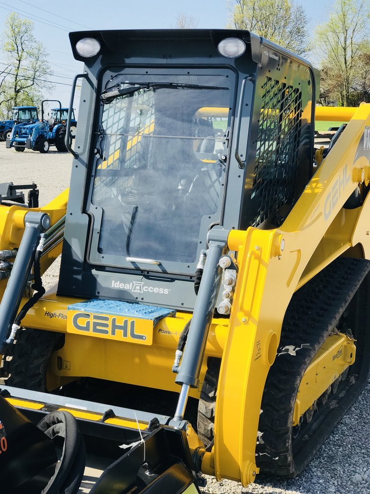 VT320 Gehl Track Loader — Greg Abbott Equipment Sales