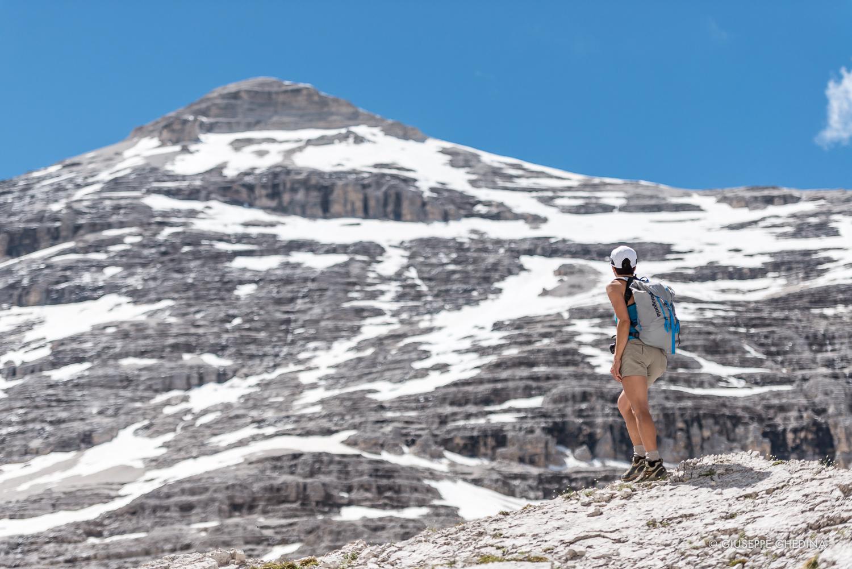 La cima della Tofana di Rozes vista da El Majarièprima di raggiungere il Rifugio Giussani _ Foto  @giuseppeghedina