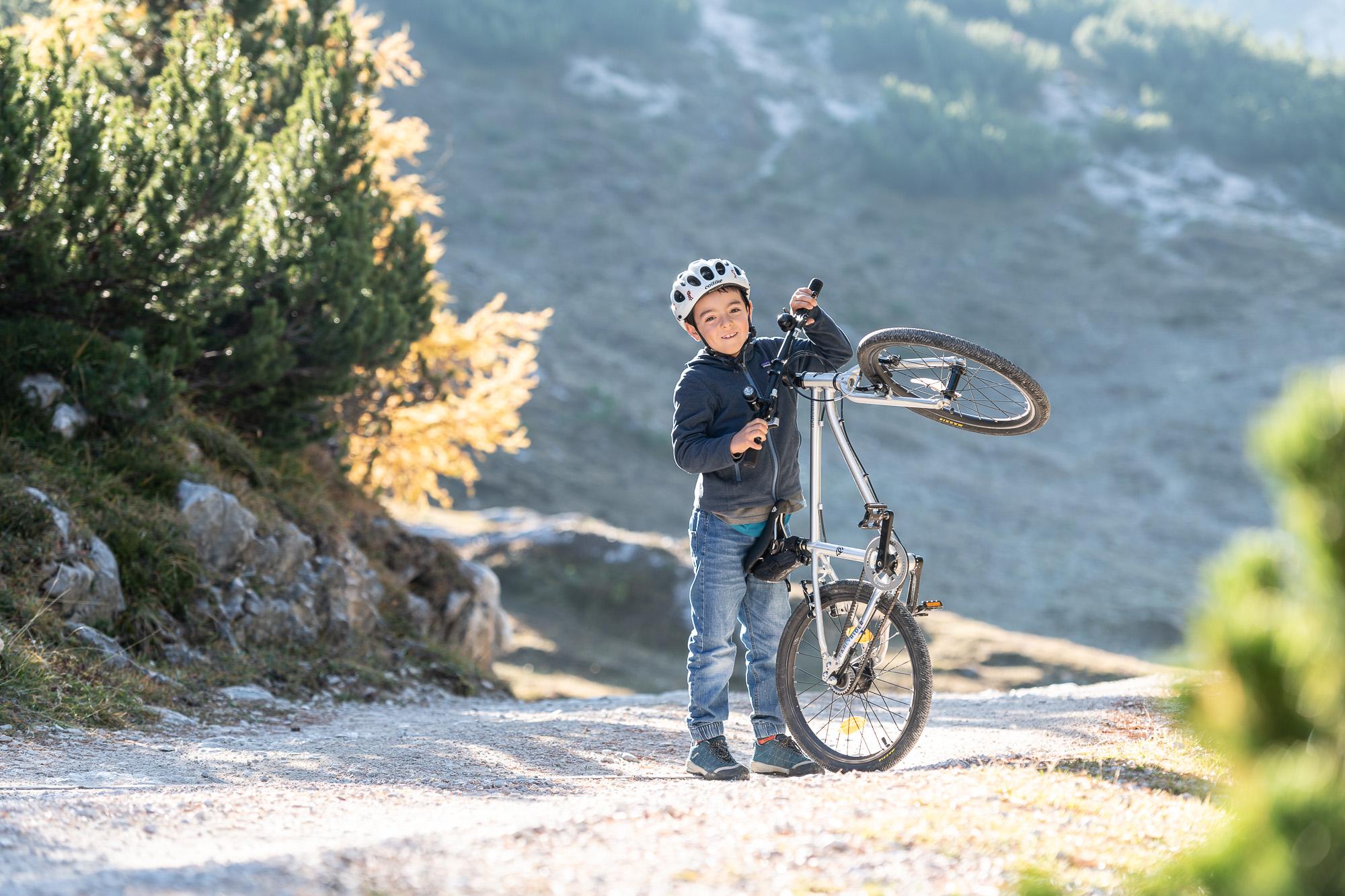 Lucky child. Lucky bike ( Early Rider ). PHOTO  ©GIUSEPPEGHEDINAFOTOGRAFO