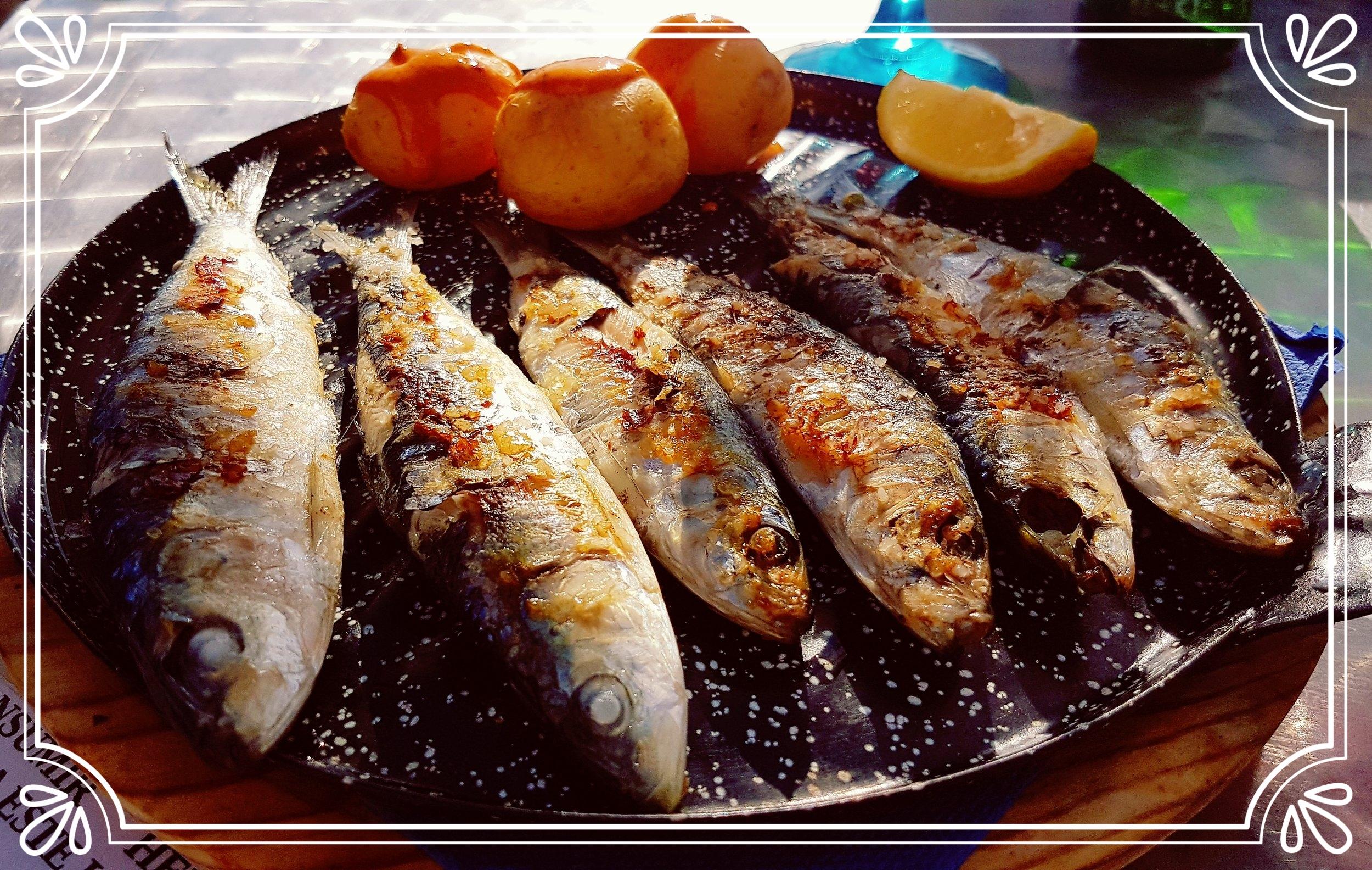Verse sardines op een Spaans terras.