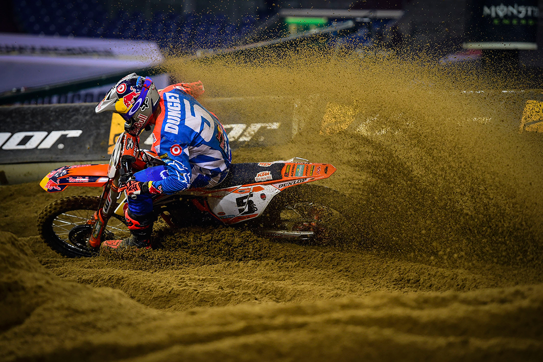 web-Dungey_SMX_D_2016(c)Youthstream.jpg