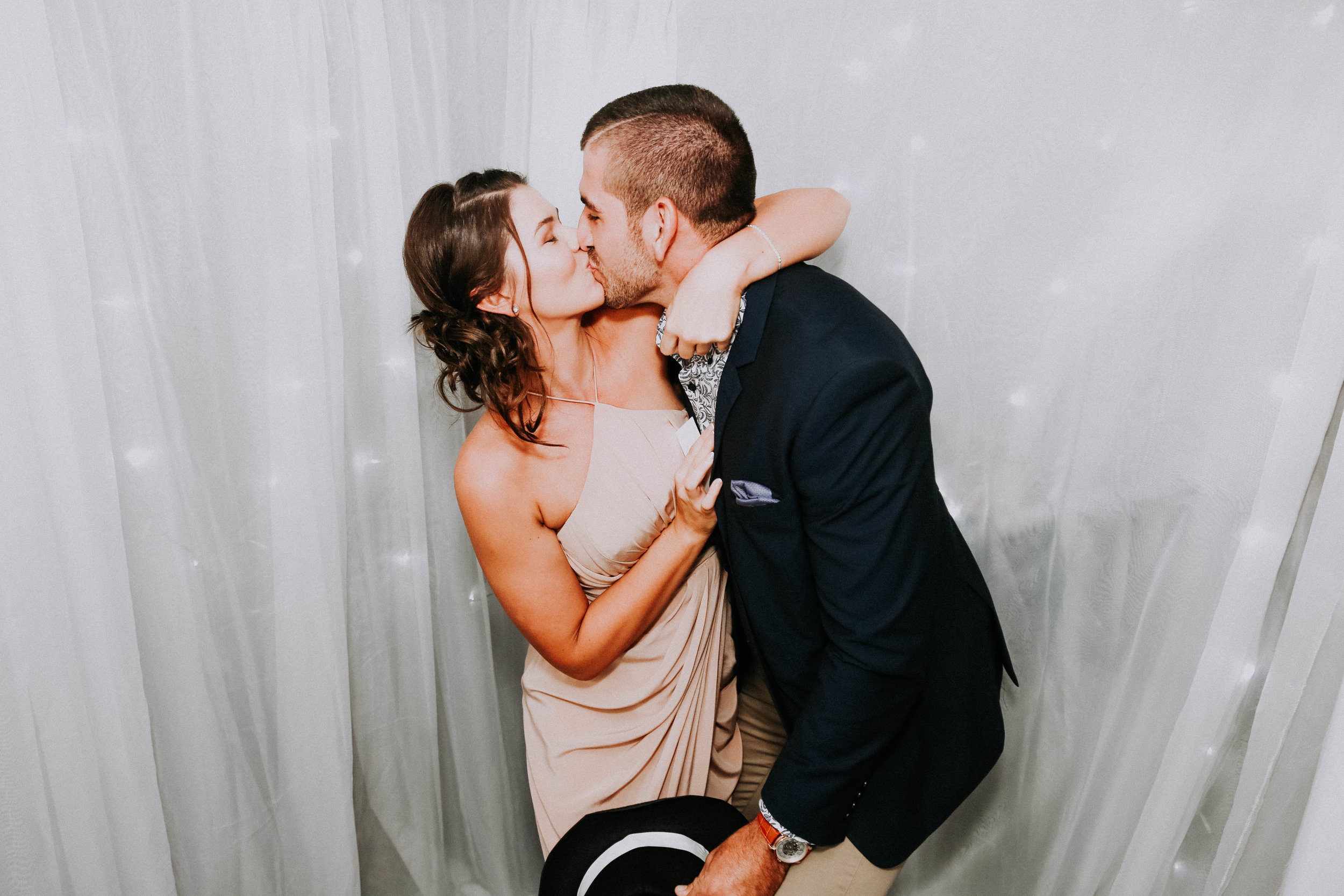 Jess + Aaron Knight - Wedding Photos Finals-469.jpg