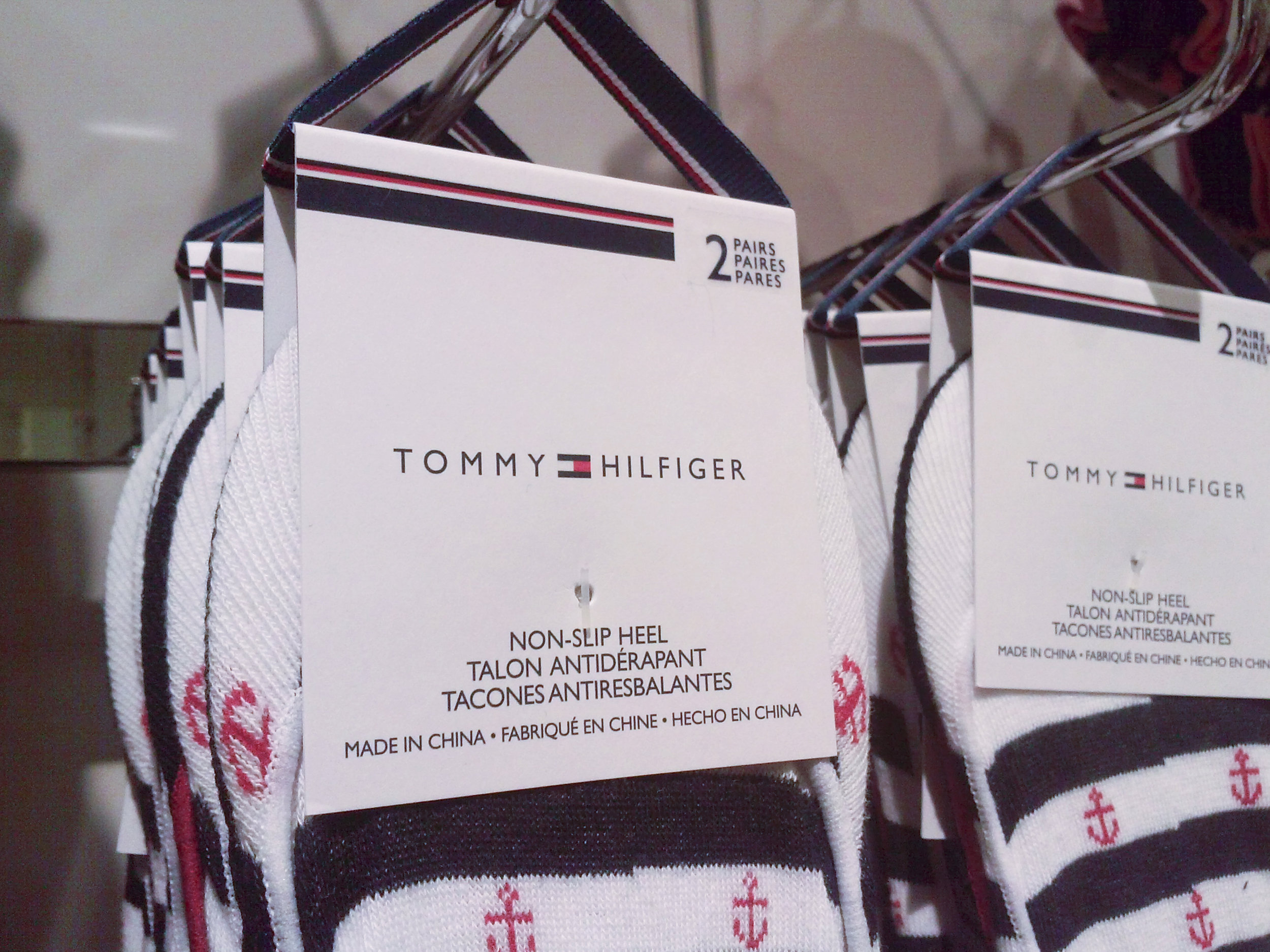 tommy-hilfiger-white-5.jpg