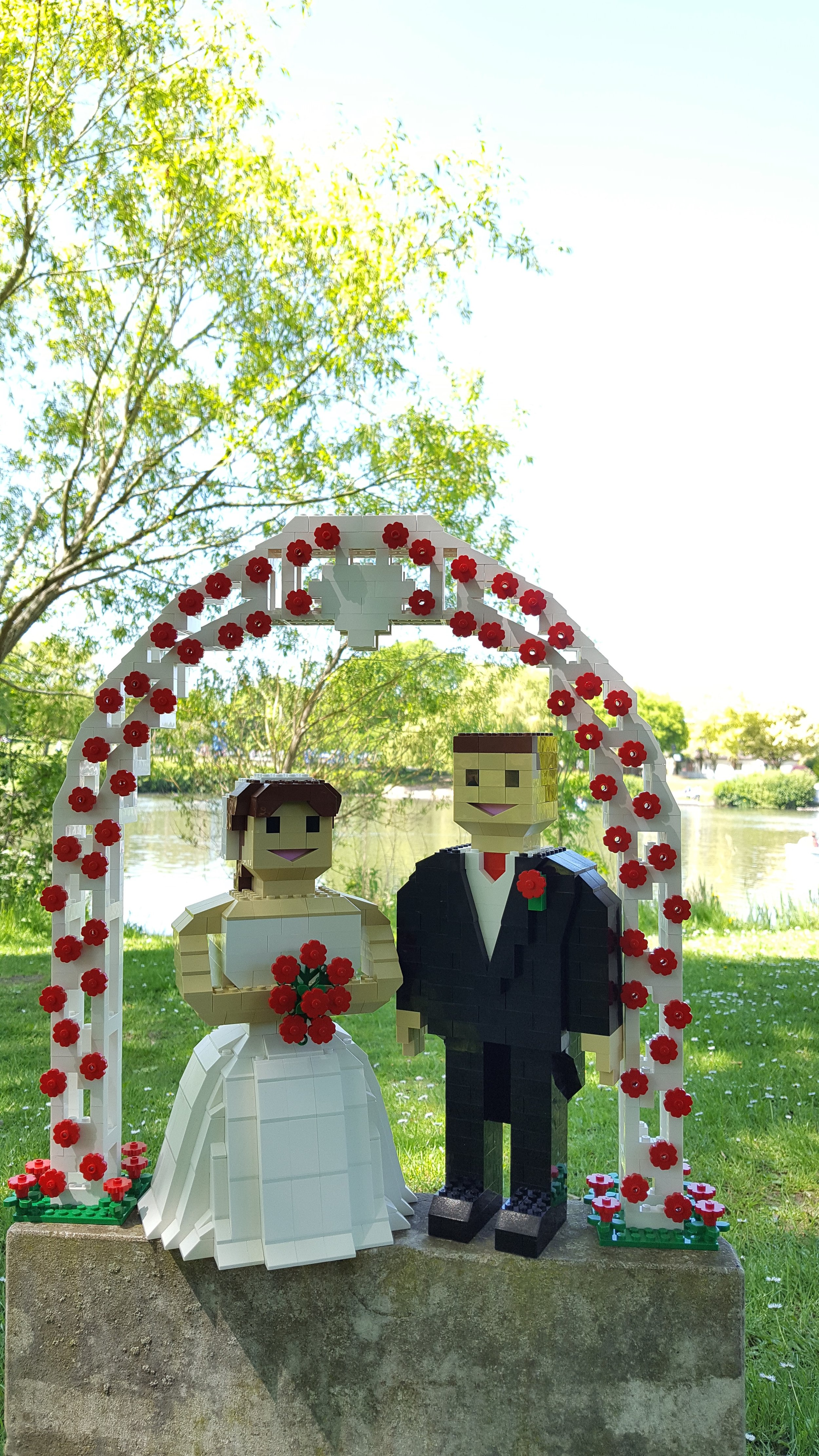 lego husband and wife for wedding hire.jpg