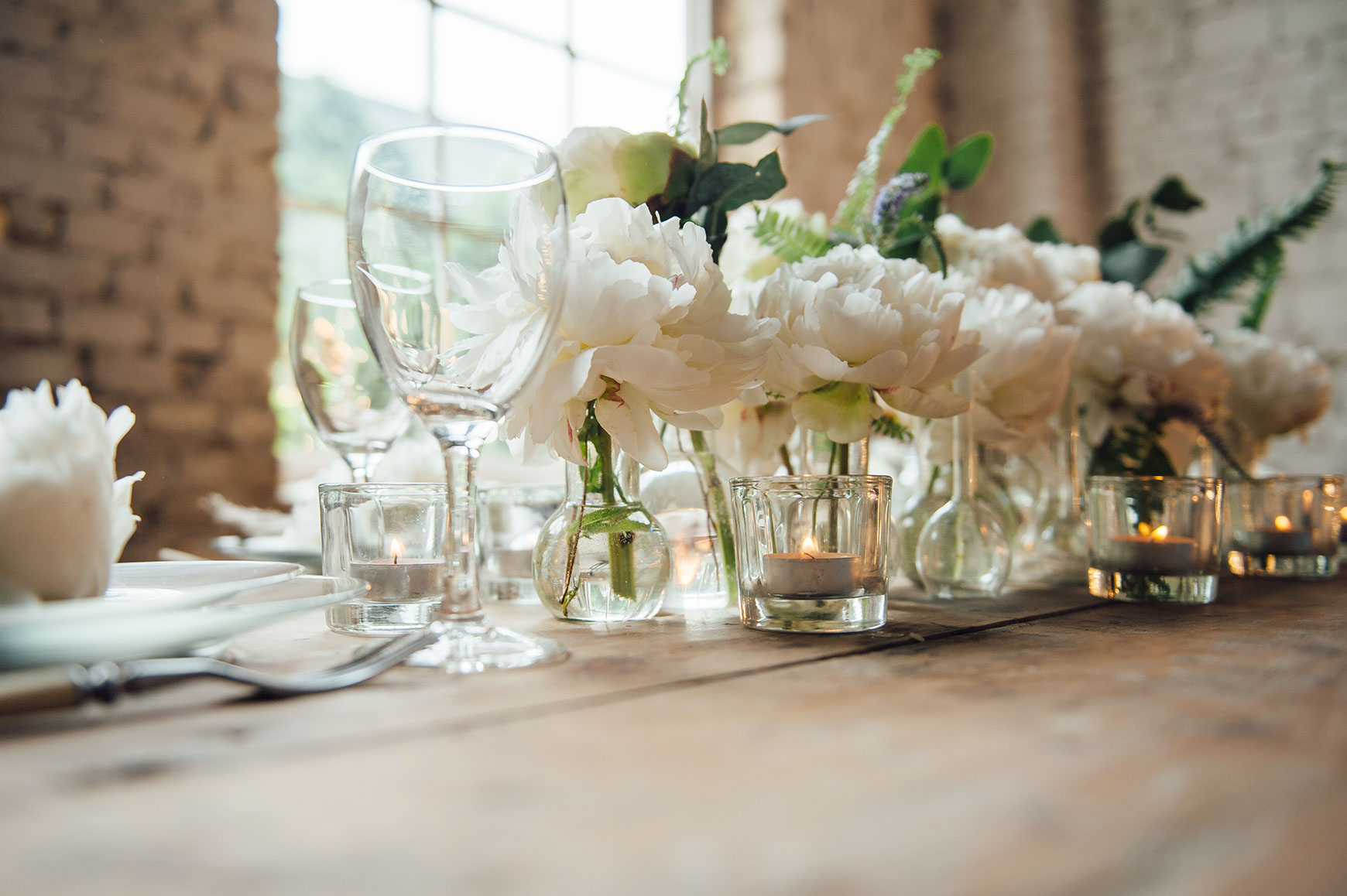 luxury wedding details fresh flowers and candles