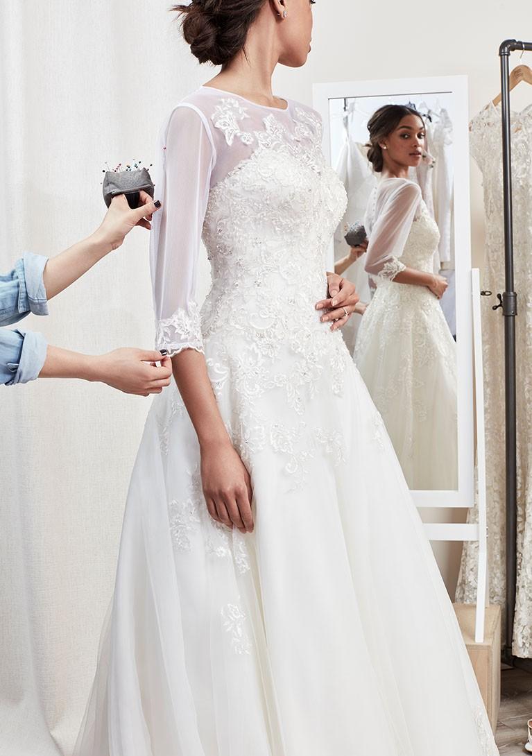 Deisy S Wedding Dress Alterations In Kent The Kent Wedding Centre
