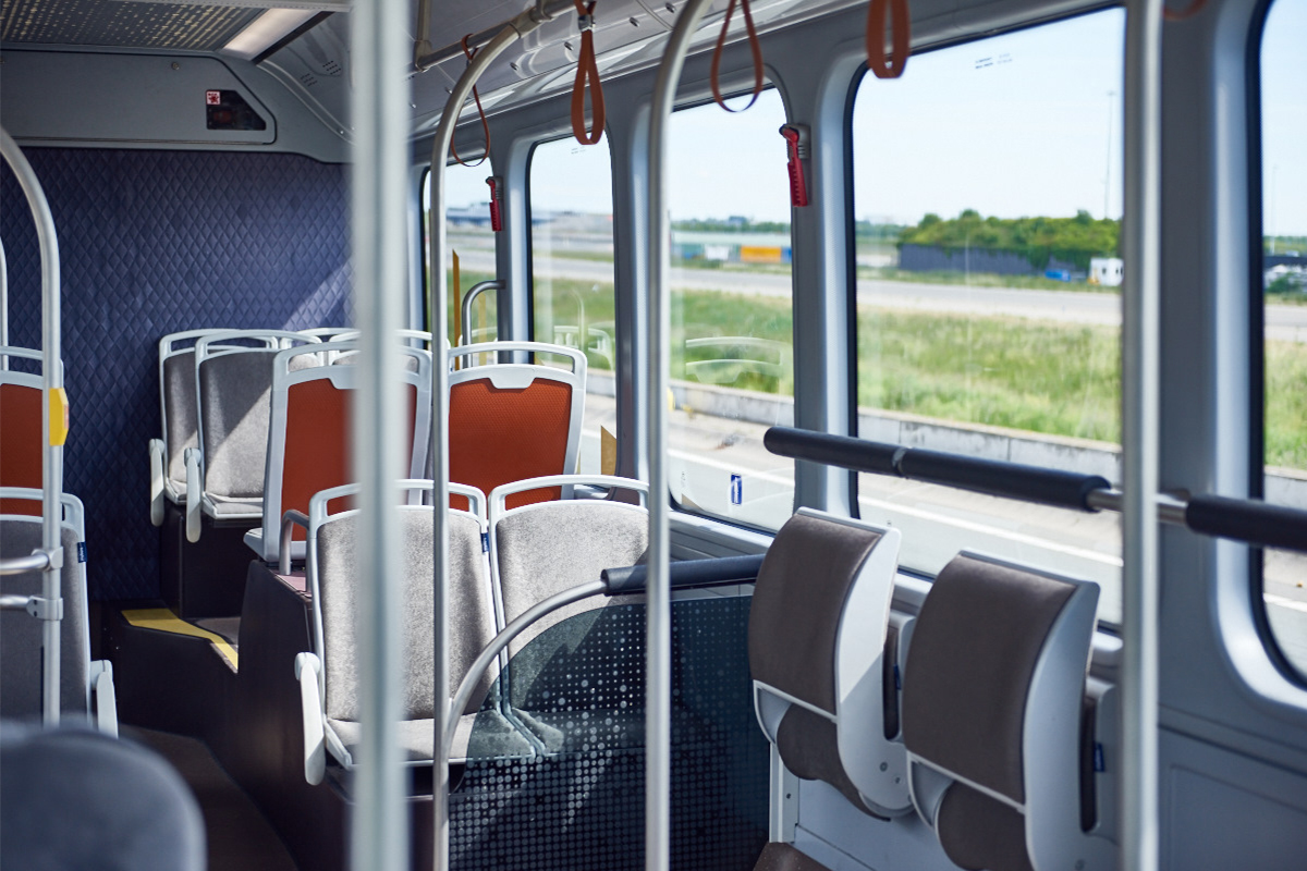 Schiphol Airside Bus Interior 02.jpg