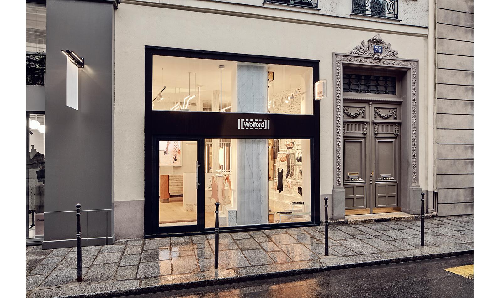 WOLFORD_PARIS_76_15.jpg