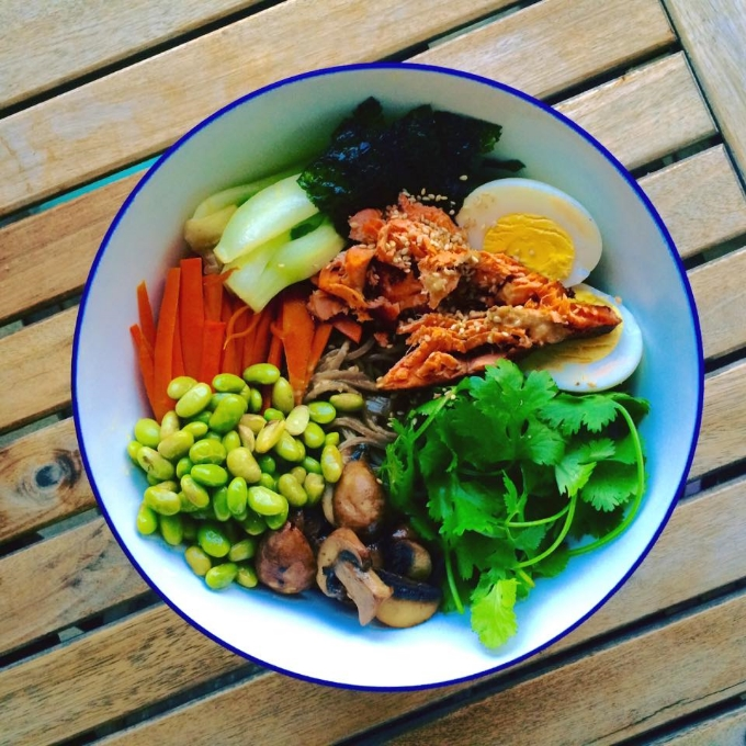 Sesame Soba Bowl with Salmon