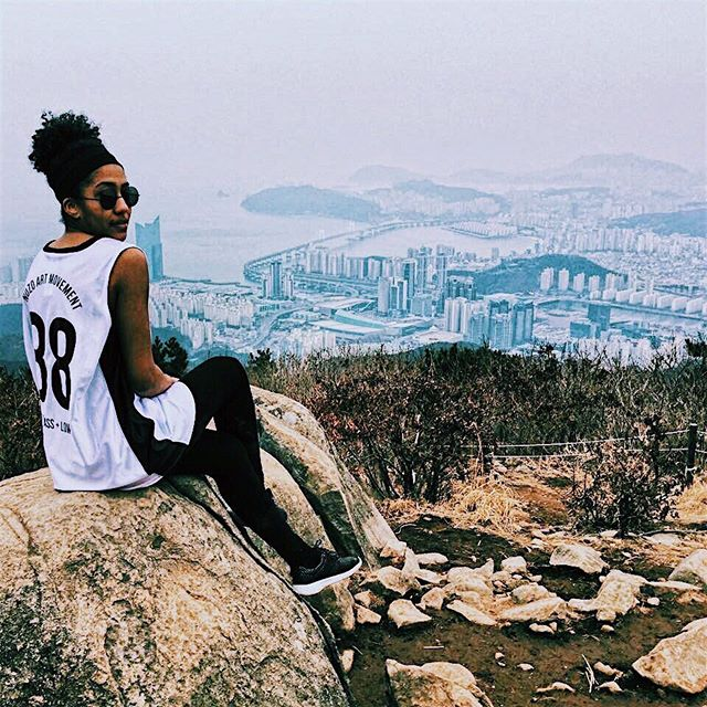 📍JANGSAN MOUNTAIN, BUSAN, SOUTH KOREA// Sometimes, you have to ask yourself - if the universe loves me why would it put me through such misfortunes and hardships? I'm learning that the strongest warriors are equipped by their past battles. You may feel like you're defeated and you've lost the fight. But don't give up - You have your secret weapon to life. You just have to find it... // Read more on the blog ⬆️ www.chelssology.com. . . . . . #sheisnotlost #solotravel #jangsanmountain #travelkorea #expatsinkorea #femalesolotraveler #femalesolotravel #travelbloggers #hikelife #fitgirlsclub #travelfitness #happytravel #lifelessons #southkorea #travelbusan #ilovekorea #explorekorea #exploreasia #blacktraveljourney #millenialblogger #travelnoire #melanintravel #melaninmajority #blackandabroad #blackgirlstravel #blackgirlstraveltoo #blackgirlbloggers