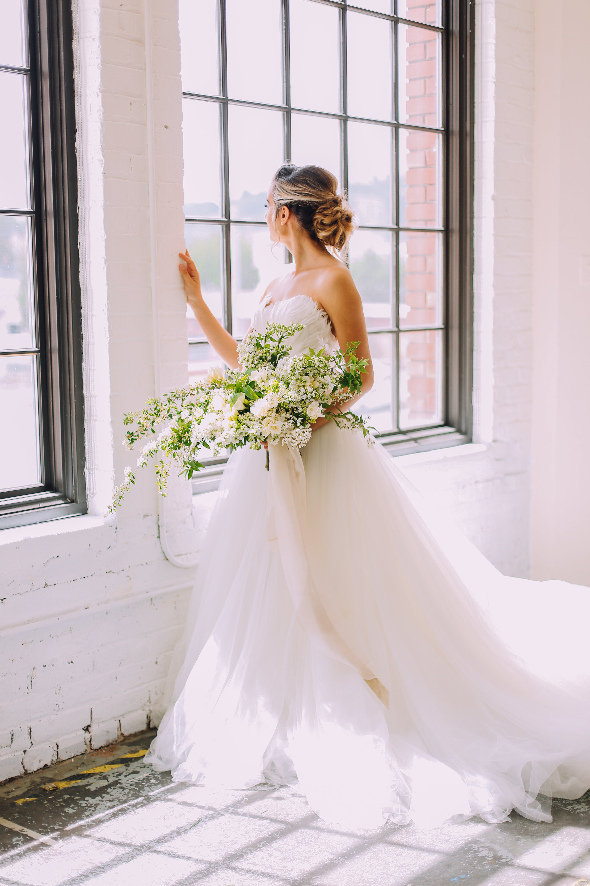 Spring Bridal Stylized Shoot-7.jpg