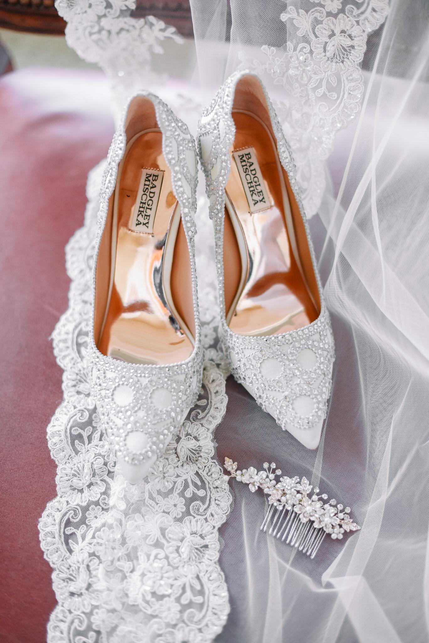 Manu and Laura - Portland Wedding Photographer - 1.jpg
