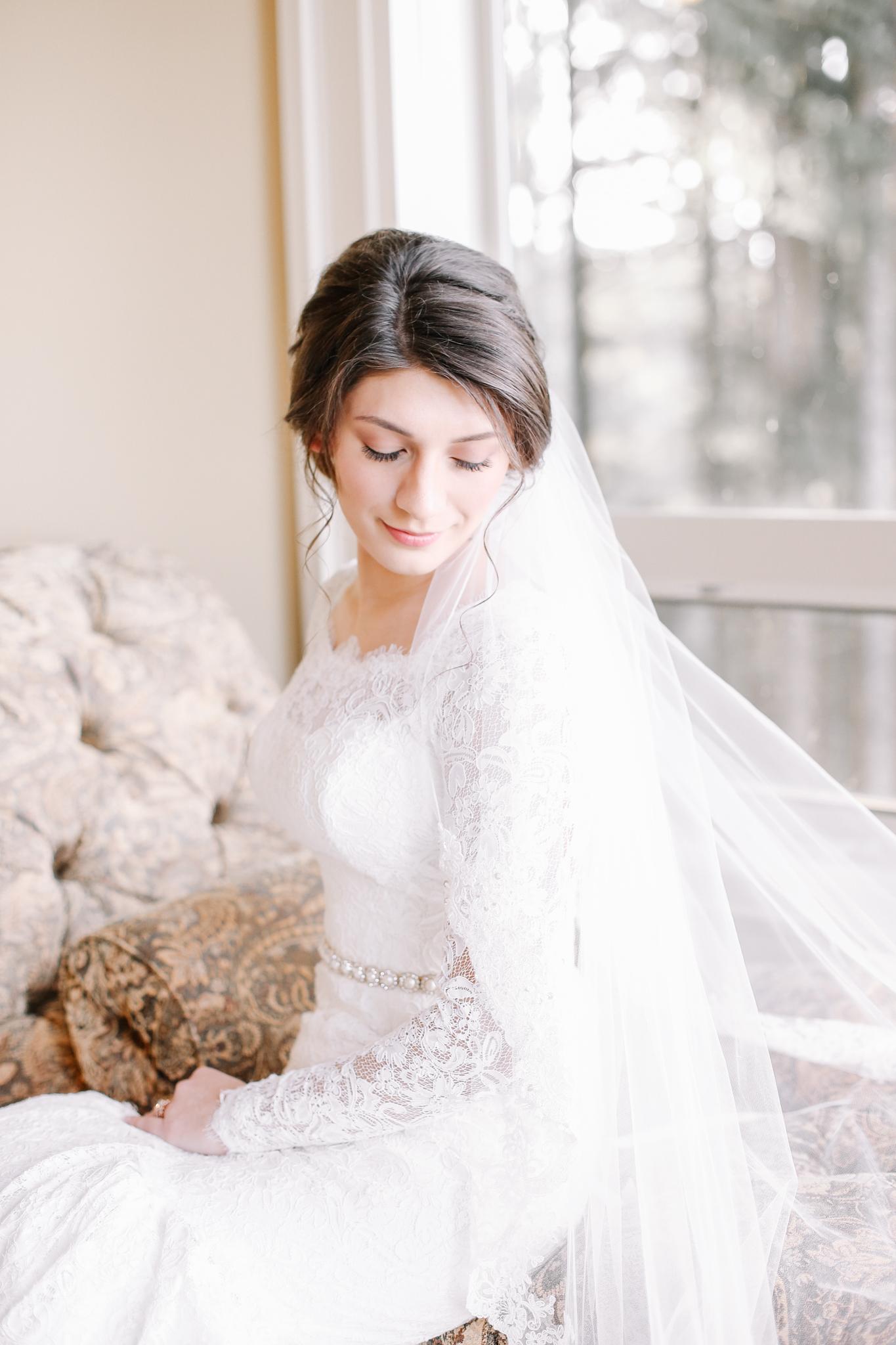 Manu and Laura - Portland Wedding Photographer - 10.jpg