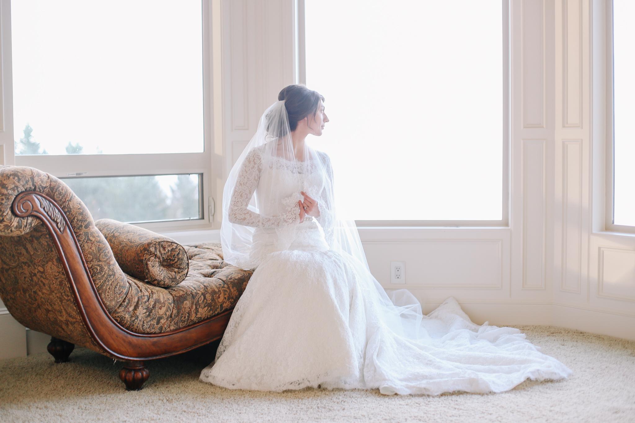 Manu and Laura - Portland Wedding Photographer - 12.jpg