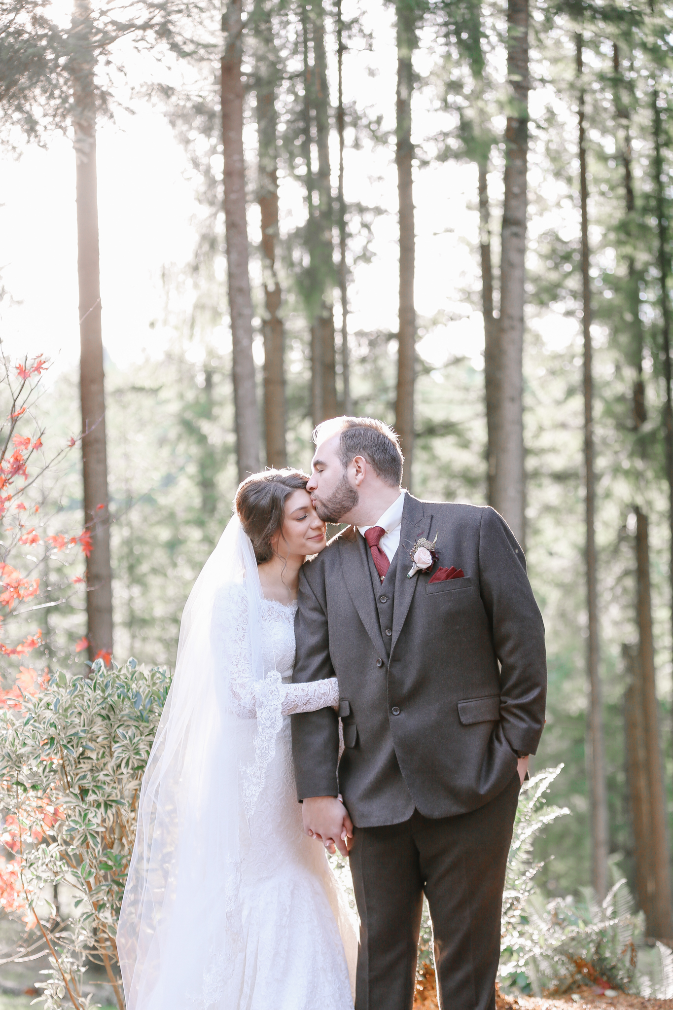 Manu and Laura - Portland Wedding Photographer - 32.jpg
