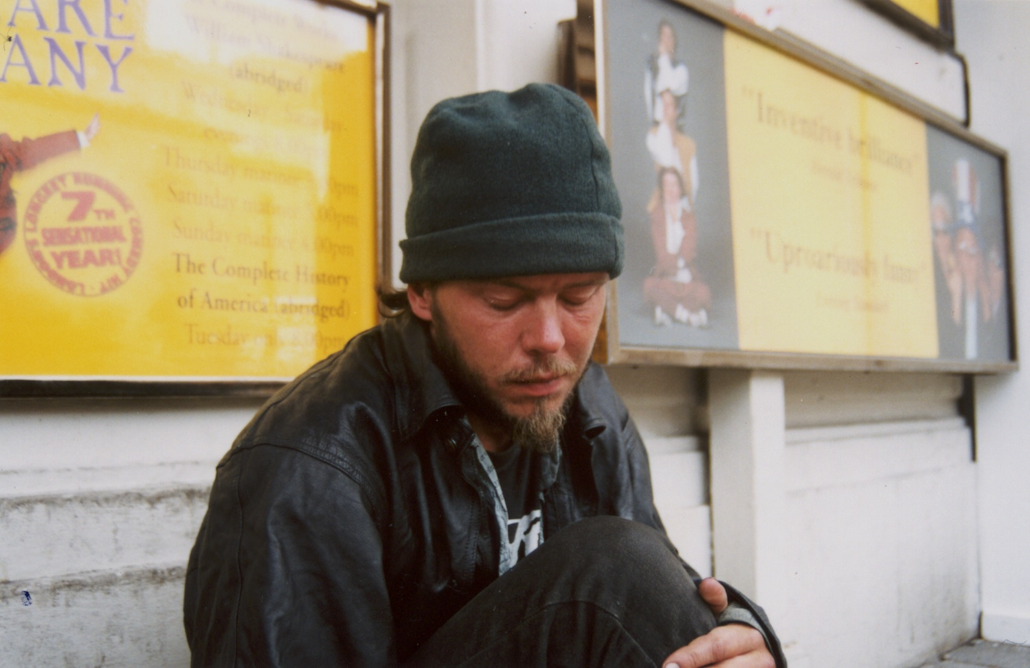 Homeless Mojo   When I arrived here I was shocked to see homeless people in old and dirty clothes on the streets.  I thought that this would be one of the differences between the First World and the Third World countries.  Why are there people in Britain living on the streets?  This is Mojo.  Mojo and I wonder why the government takes more care of foreigners - asylum seekers - than the British people living on the streets.  Isn't it our responsibility to try and advocate for their rights?  Mojo is just like you and me and he deserves his rights.  (c) Onesmus / Transparency / PhotoVoice