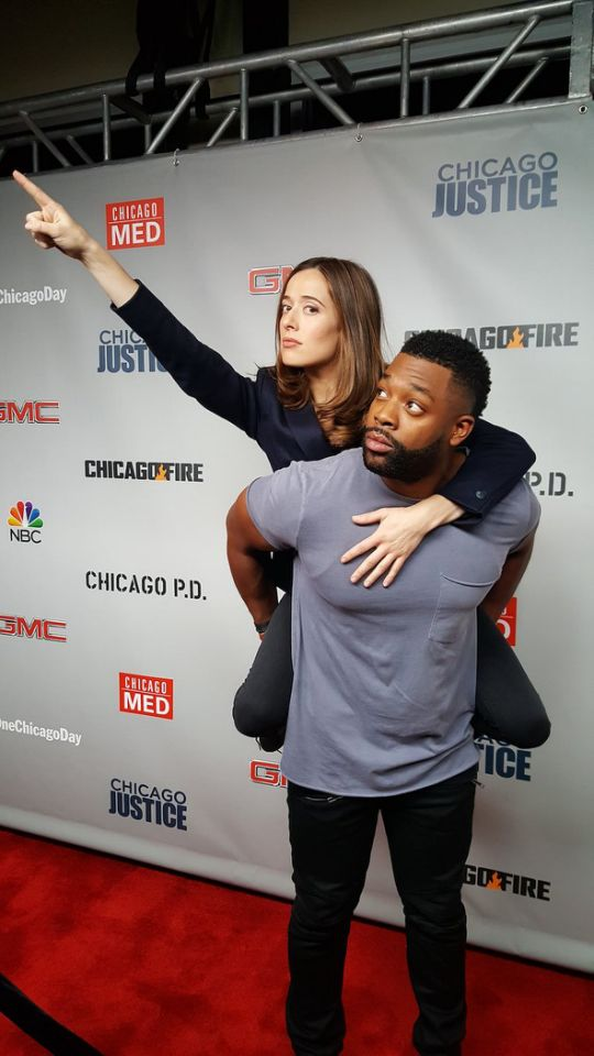 Fighting crime on the #OneChicago Day red carpet! — @marinasqu #Burgwater #OneChicago @NBCChicagoPD