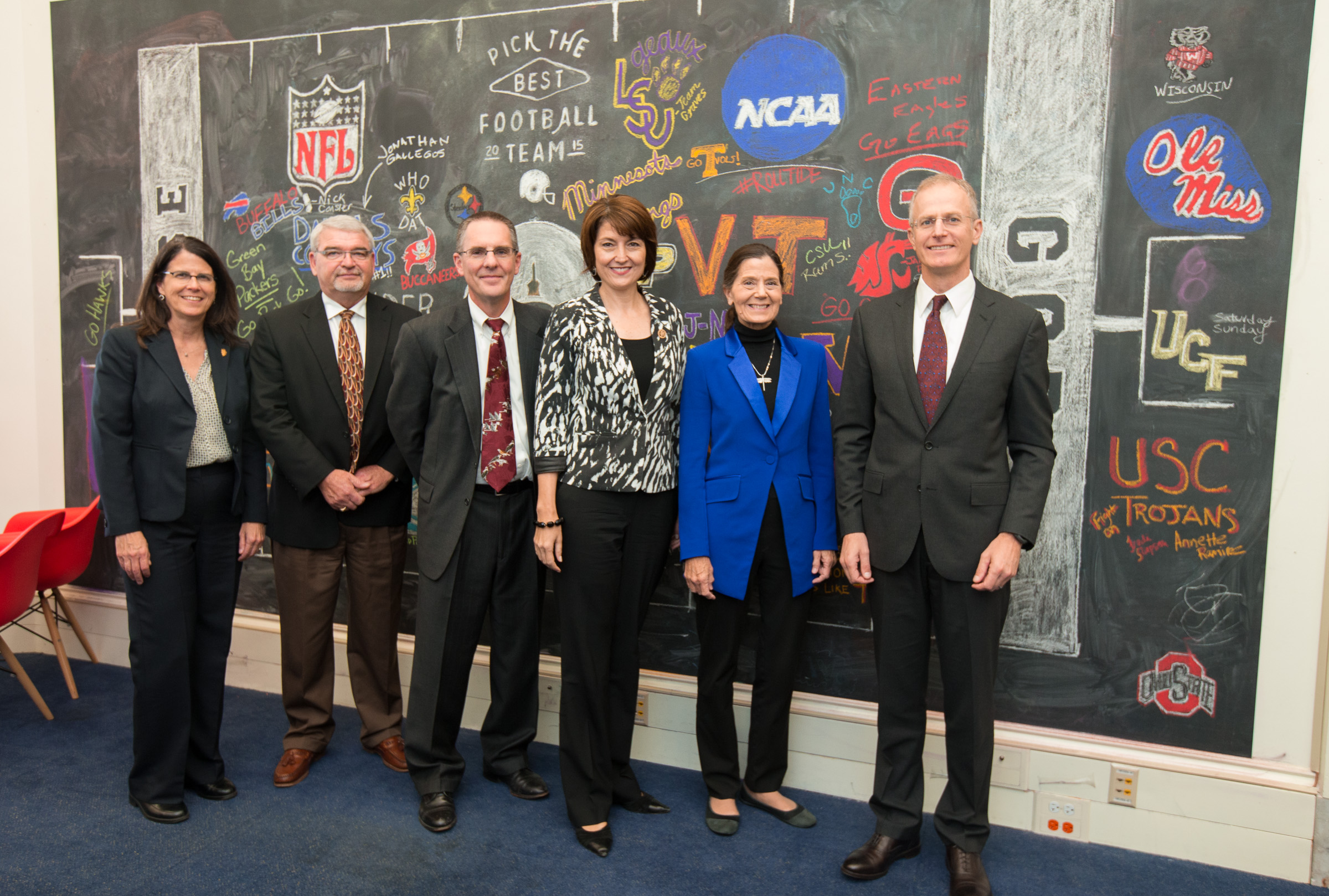 From left to right: Federal Government Relations Director Cathy Baker, Board Member Bruce Nelson, Board Chair Byron Bishop, Congresswoman Cathy McMorris Rodgers (R-Spokane). Global Director of Public Policy for the Conservancy Lynn Scarlett, Washington State Director Mike Stevens.